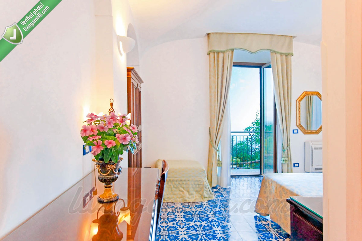 Sea View Rooms - B&B in Amalfi