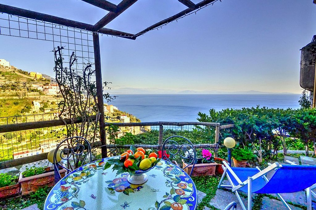 Amalfi Lemon House - Apartment in Amalfi