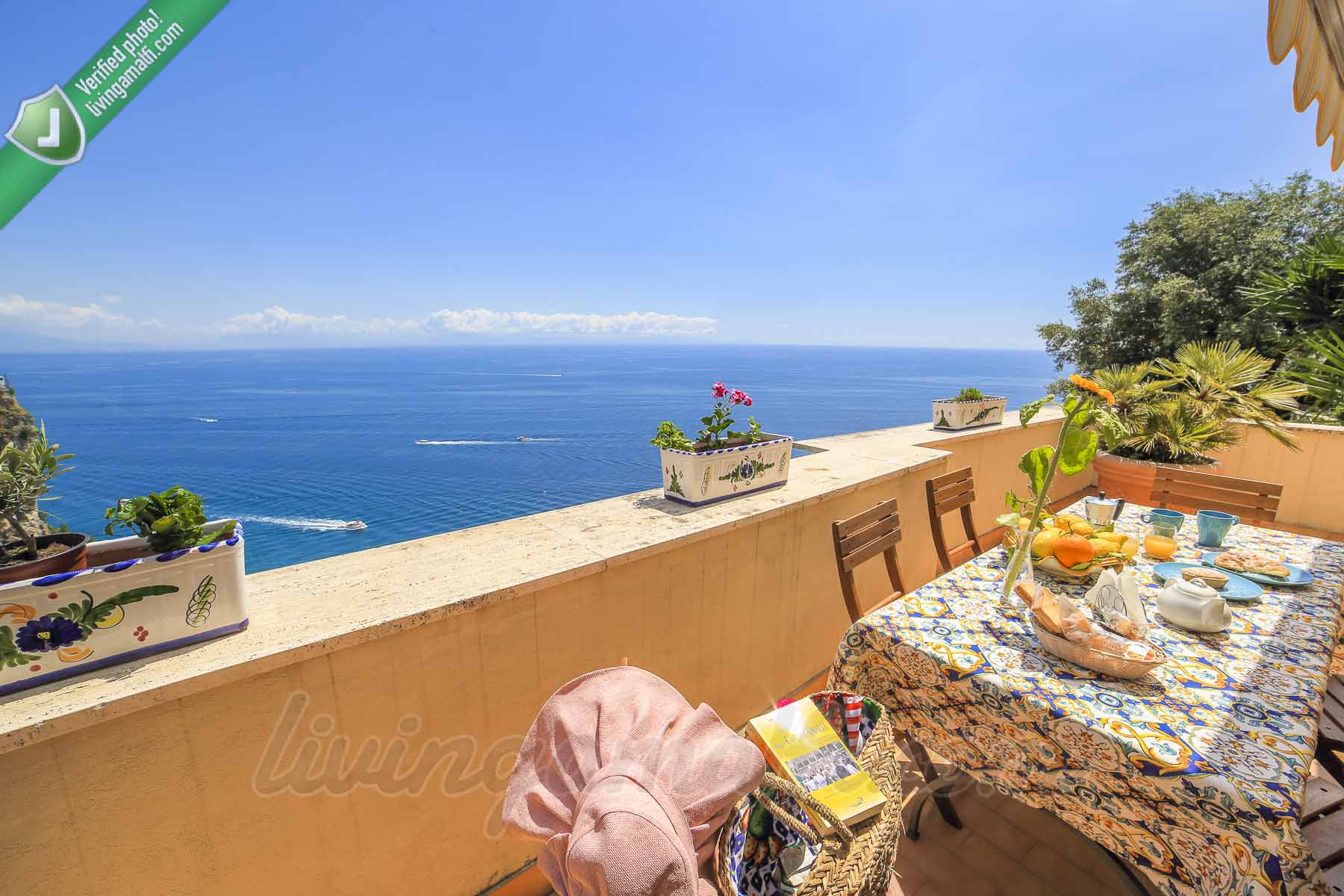 The Sunflower - Apartment in Amalfi